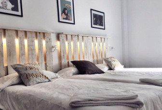 Habitación cama individual y matrimonio